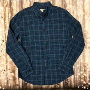 Merona light and dark blue plaid button up shirt